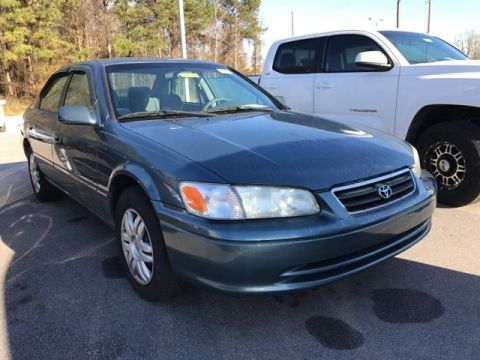 Pre-Owned 2001 Toyota Camry LE FWD 4D Sedan